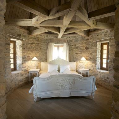 Extra brede planken vloer in de slaapkamer